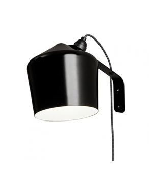 Innolux Pasila Wall Lamp – Black